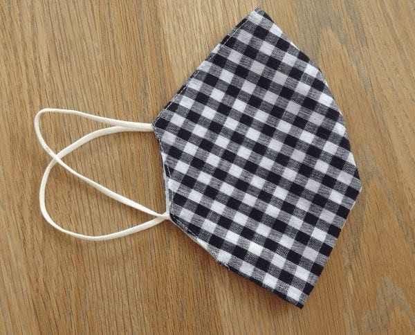 Black Gingham Pocket Facemask